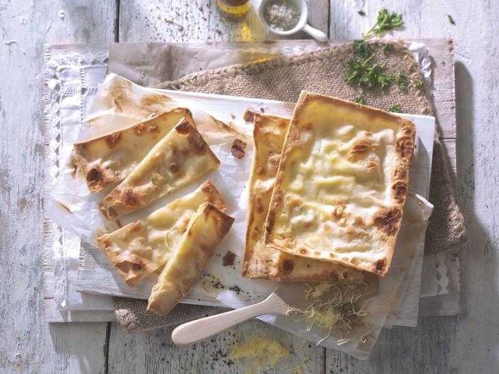 Focaccia mit Stracchino-Käse