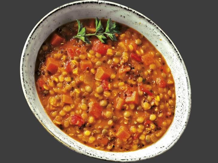 Orientalischer Linsen-Quinoa-Eintopf