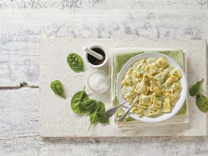 Spinat-Käse-Ravioli-Auflauf