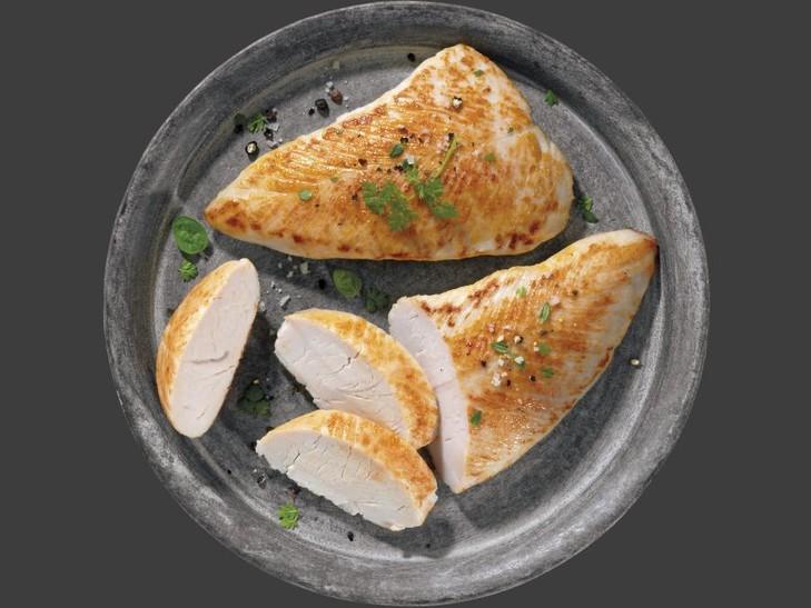 Putenschnitzel mit 8 % Flüssigwürzung