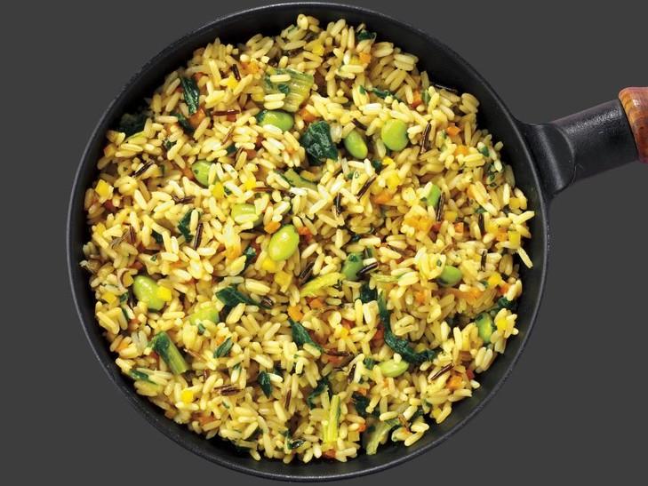 Reis-Gemüsepfanne mit Pak Choi