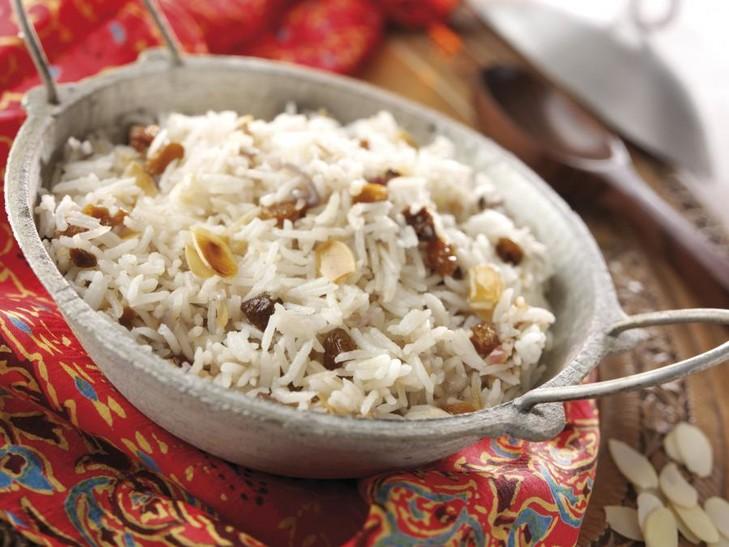 Basmatireis mit Mandeln und Rosinen