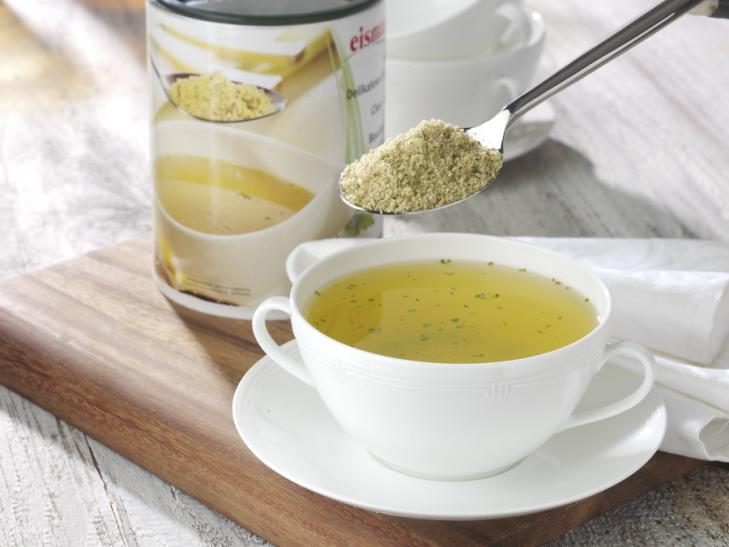 Klare Delikatess-Suppe
