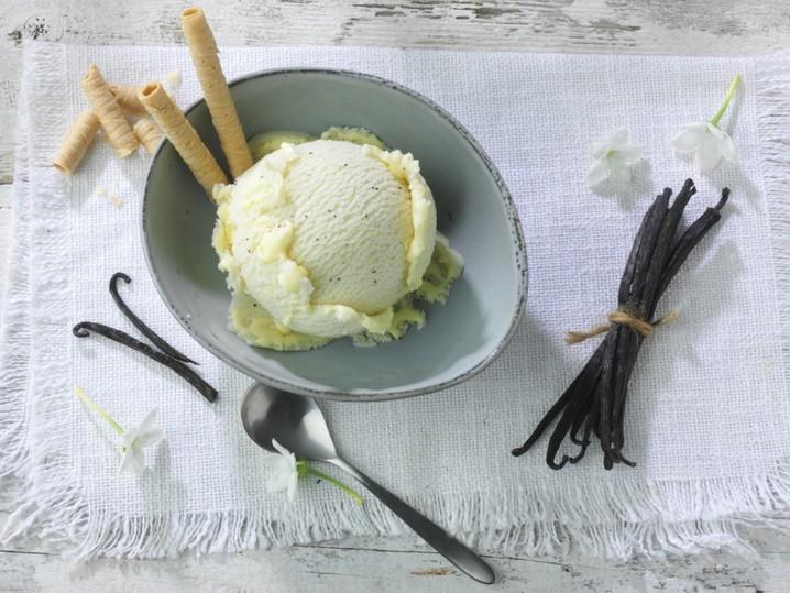 Vanille-Sahneeis