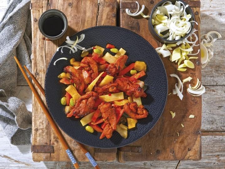 Hähnchengeschnetzeltes auf Asia-Gemüse